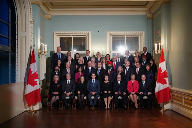 Canadas Trudeau unveils domestically-focused cabinet